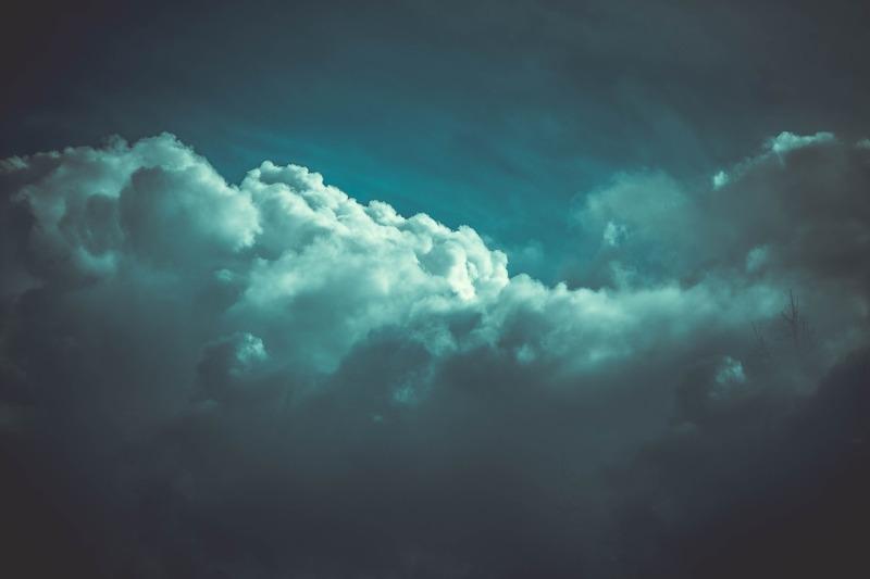 Znalezione obrazy dla zapytania widzieć przez burzę